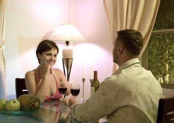 デートに誘いやすい女性