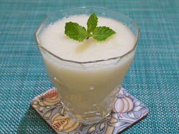 薬膳:梨と大根とミントのジュース