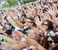 泡フェス2014:熱狂する参加者