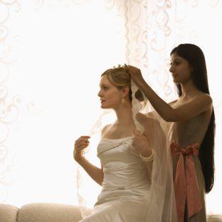 女友達に「結婚するの」と言われた瞬間、あなたの本性が出る