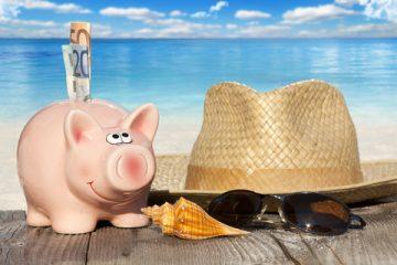 """沖縄移住の夢追い人。借金を重ね""""やりたいこと""""を探し続ける"""