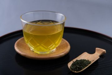 インフルエンザ予防に「緑茶」が効果的!?