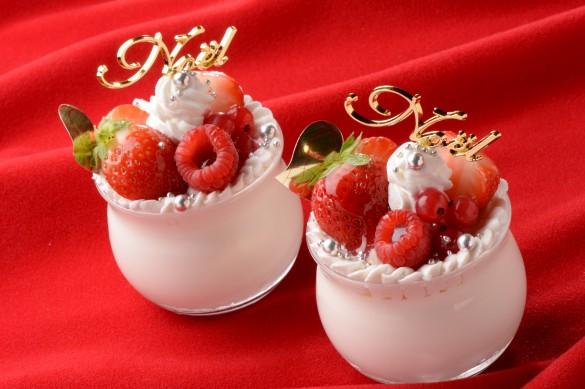ホワイトチョコレートのノエルショートケーキ