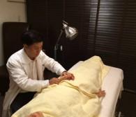 鍼治療体験_施行中2