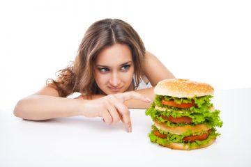 """冬太り撃退! 記者も10日で3キロ痩せた""""ムダ食い""""防止法はコレだ"""