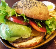 ハンバーガーを美の観点で選ぶなら? 大手チェーン4店のオススメ&避けたいメニューを紹介【ずっとキレイでいる食事】