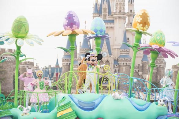 「ディズニー・イースター」のパレードの様子