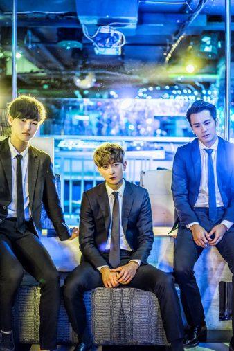 (左から)チョン・ヨンウク(Apeace)、グァンス(超新星)、キム・ヨンナム