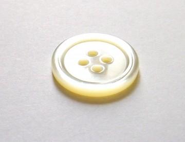 白蝶貝ボタン