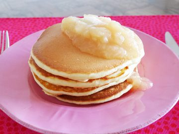 まるごと果実のパンケーキ