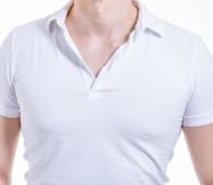 男性の乳首浮き