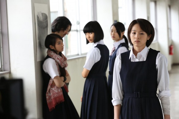 『東京無国籍少女』より_2