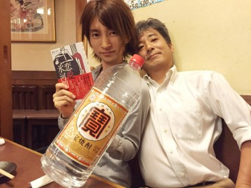 勝部元気さん(左)とSPA!統括編集長(右)