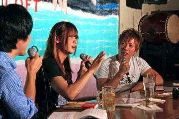 大島さん(中央)としみけんさん(右)