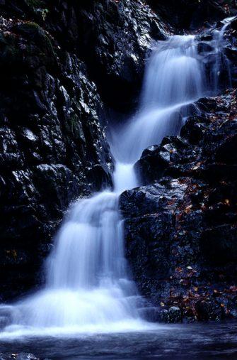 桧原村 九頭龍の滝
