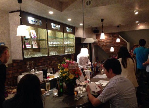 Cafe & Bar ToBe (カフェ&バー トゥビー)