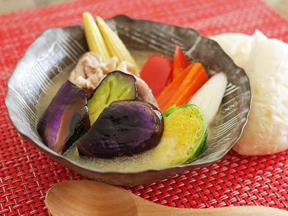 Vegetable-packed Gourmet Pork Soup