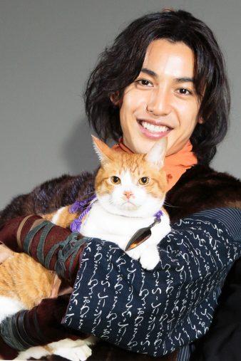 「猫忍」大野さんと金時