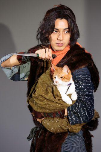 猫忍 忍者ポーズ