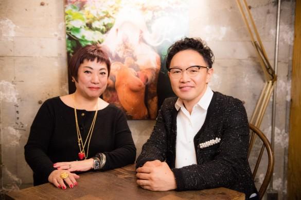 湯山玲子さん(左)と森林原人さん