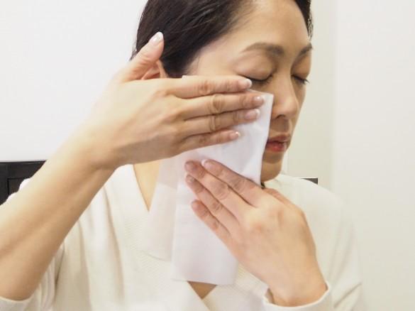 保湿剤をティッシュオフ