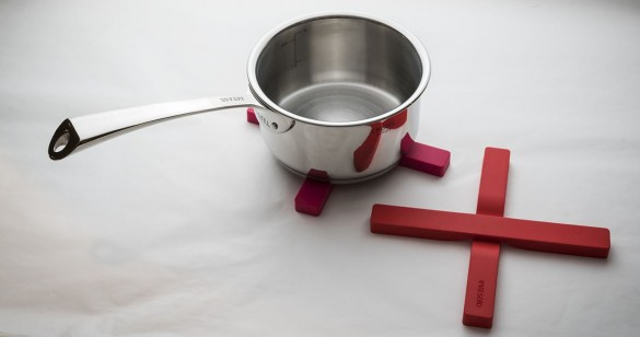 スティック状の鍋敷き