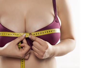 胸のサイズ指定