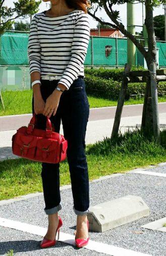 バッグと靴が赤