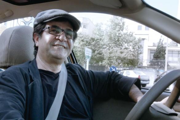 世界三大映画祭を制覇したイランの名匠ジャファル・パナヒ監督/『人生タクシー』より