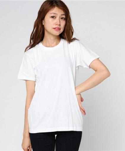 HanesのTシャツ