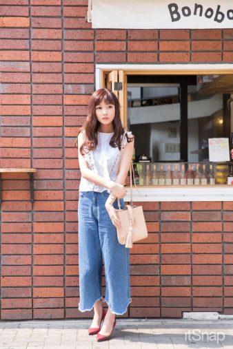 OL・水越みさとサン(158cm)