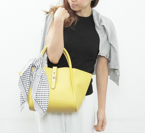 黄色 トートバッグ