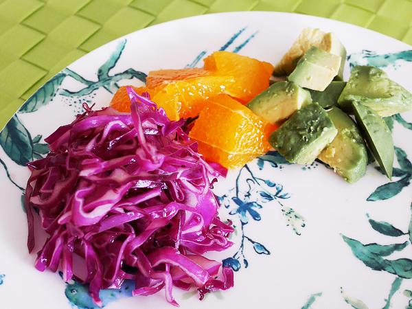 紫キャベツのシンプルマリネ 盛り付け