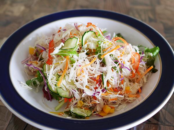 カット野菜がおいしいサラダ 調理手順1