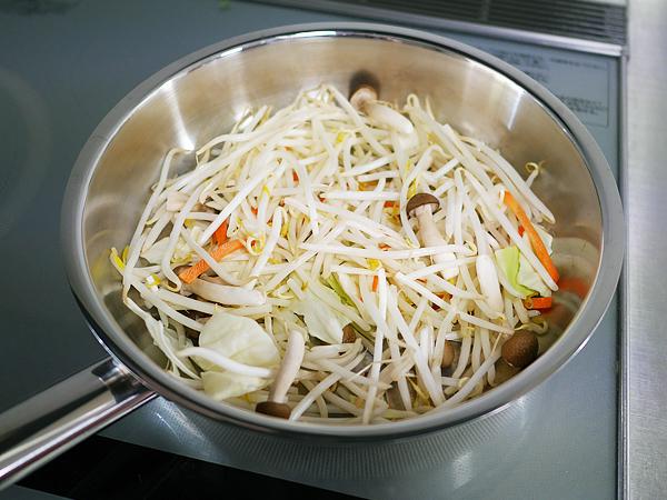 作り方(1) 野菜炒め用カット野菜