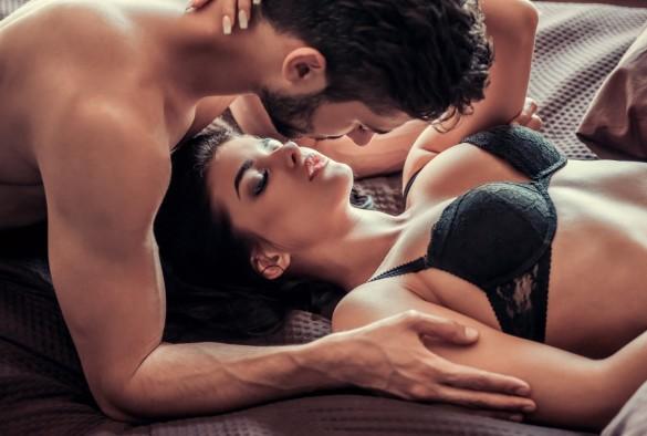 男性は女性のアソコへの愛撫が大好き