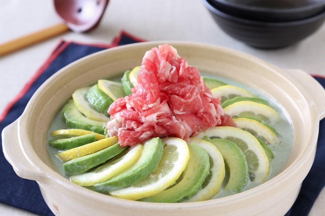 アボカド&レモンのごま豆乳鍋