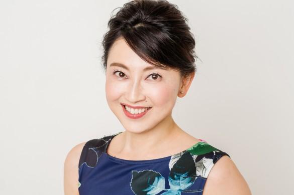 ウォーキングインストラクターの長坂靖子さん メーク出来上がり!