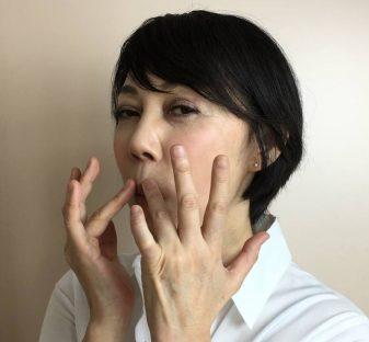 唇刺激エクササイズ1
