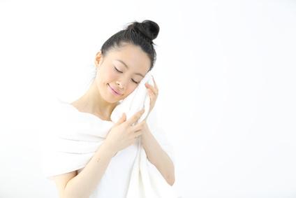 「ぬるめ湯×短時間」は冷え性や肌荒れの悩みも少ない