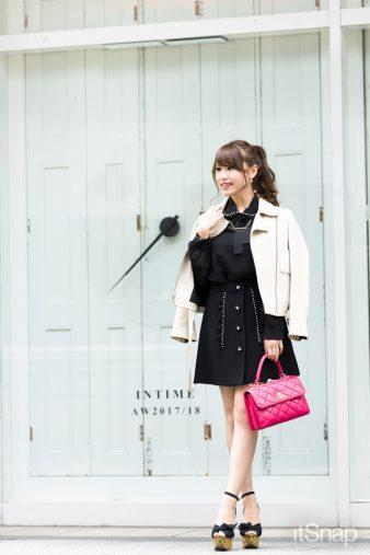 大学生、モデル・行愛美サン(160cm)