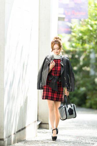 弁護士秘書・中村紗彩サン(158cm)