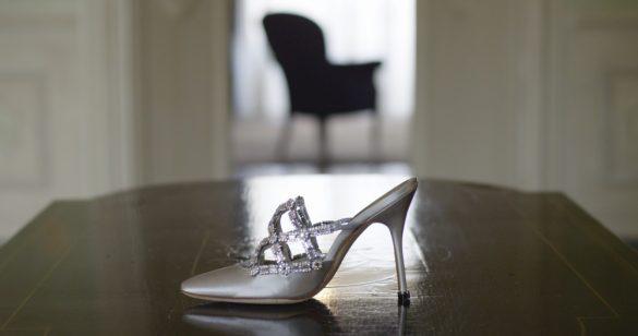 『マノロ・ブラニク トカゲに靴を作った少年』より_4