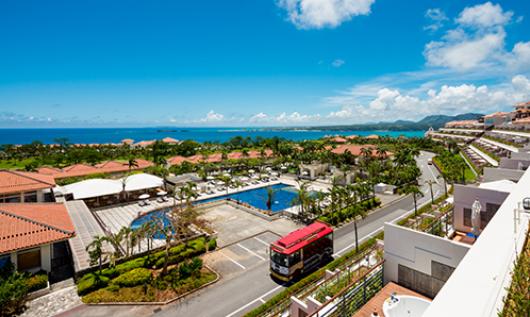 沖縄カヌチャベイホテル & ヴィラズ