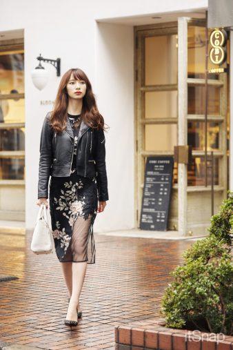 小林真実サン・モデル 22歳 (168cm)