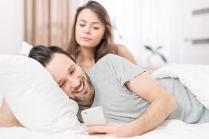 性に未成熟な夫を変えるには?