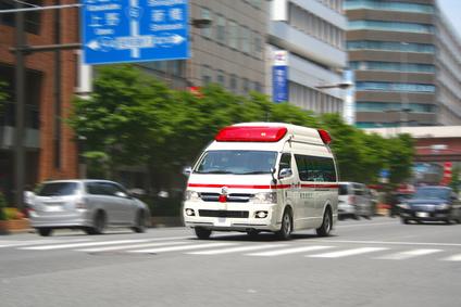 救急車走行シーン