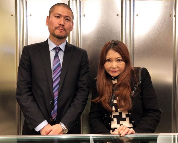 左から、斉藤章佳さんと中村うさぎさん