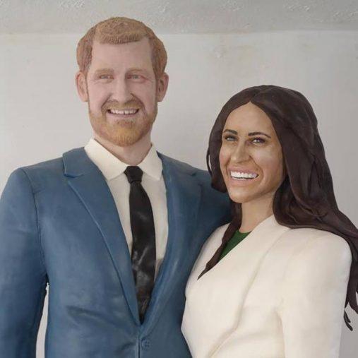 ヘンリー王子とメーガン・マークルの実物大ケーキ