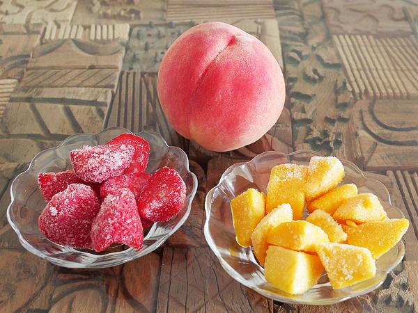 桃・冷凍フルーツ(イチゴ、マンゴー)